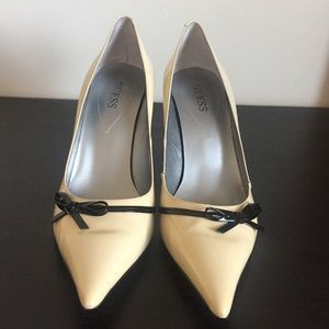 Guess Beige Patent Leather Pumps